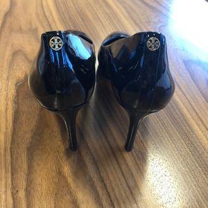 Tory Burch Leah mid heel patent pumps sz 11